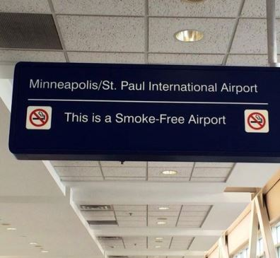 smokefree sign at Minneapolis St. Paul airport